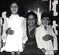 HRITHIK WITH HIS MOTHER